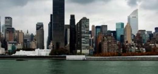 Manhattan přes řeku