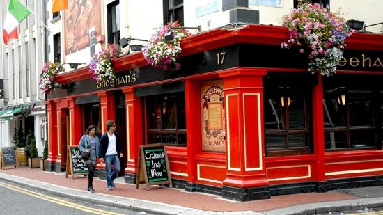 Traditional Irish Pub - alespoň jeden z podniků byste měli určitě navštívit!